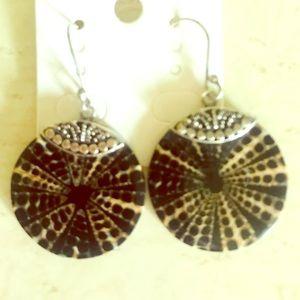 Jewelry - ✨ Tortoise Shell Disc Earrings